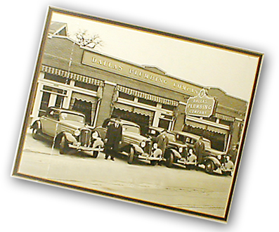 Dallas Plumbing Co trucks and plumbers, circa 1930